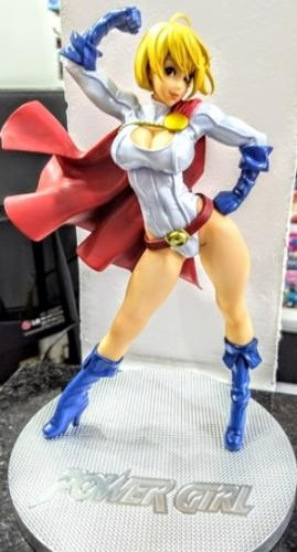 Dc - Poderosa Power Girl Kotobukiya